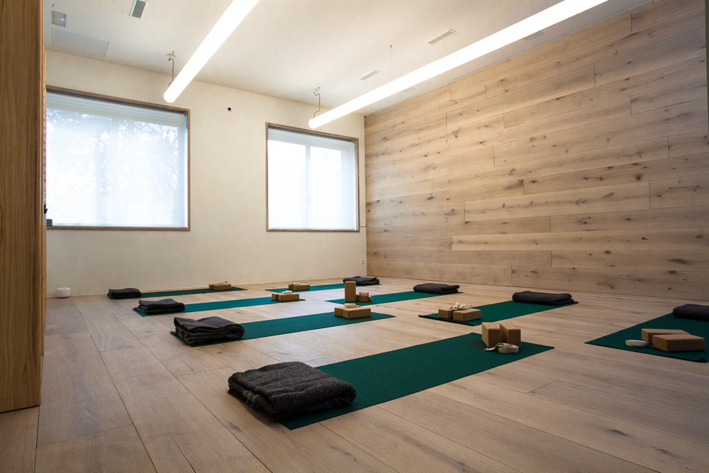 yoga14-9394