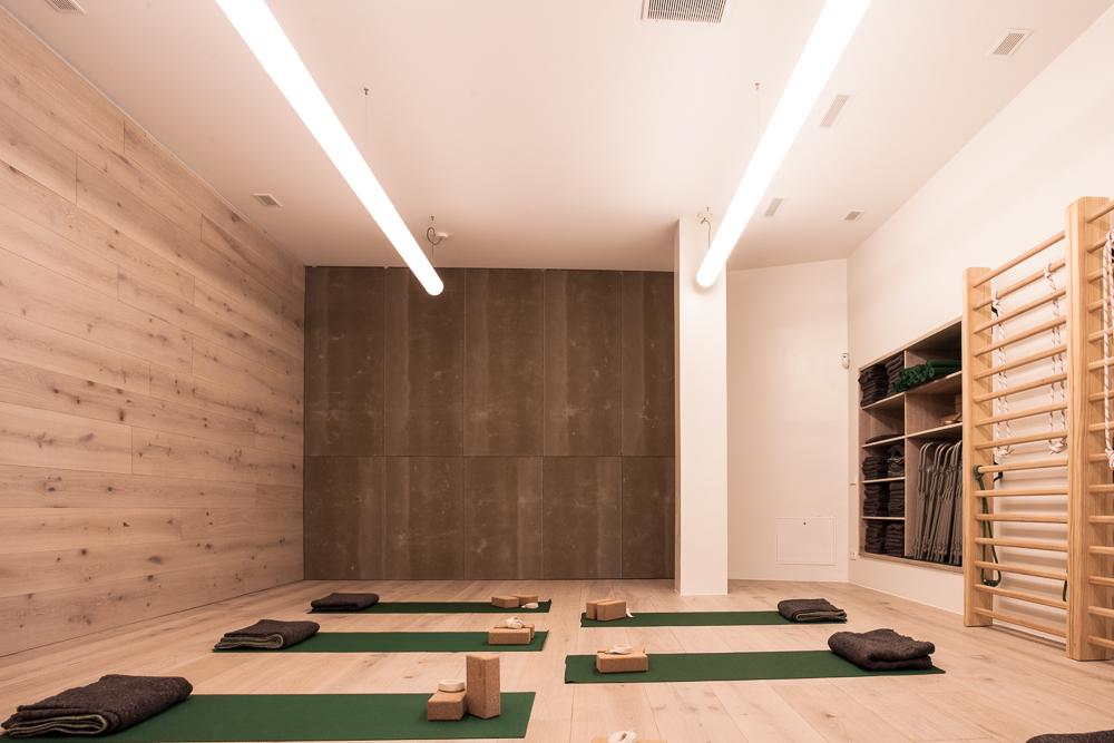 yoga14-9446